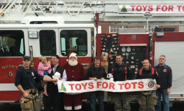 112015-milford-fire-toys-for-tots